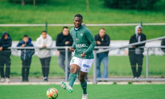 Abdoulaye Bakayoko signe son 1er contrat professionnel avec l'AS Saint-Etienne