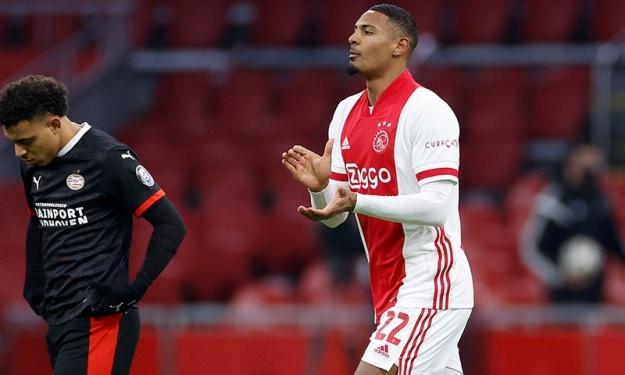 Ajax : Haller revient sur ses débuts ; son coach, satisfait !