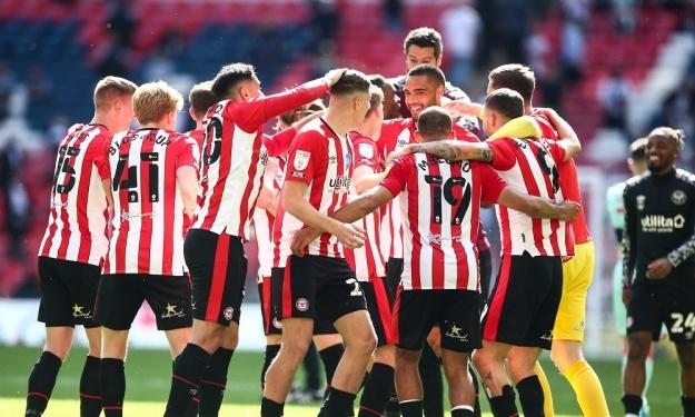 Angleterre : Brentford bat le Swansea d'André Ayew et retrouve la Premier League