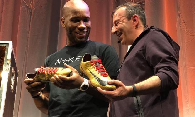 Après 16 années d'union, Nike rend un vibrant hommage à Didier Drogba
