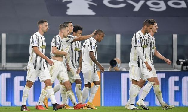 Après Ronaldo, un autre joueur de la Juventus contracte la COVID-19