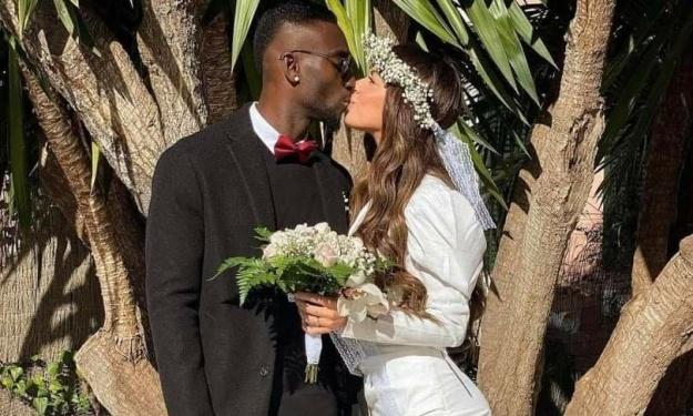 Après sa demande en mariage en plein confinement, Lago Junior passe devant le Maire
