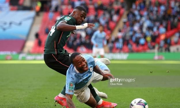 Aurier critiqué par deux anciens joueurs de Tottenham après sa prestation en finale de la Coupe de Ligue face à City
