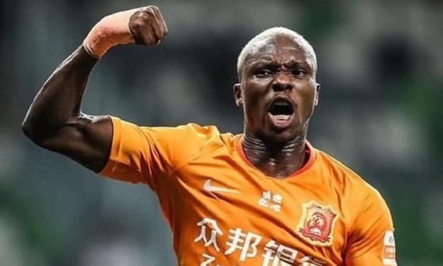 Bloqué par son club en Chine, Jean-Evrard Kouassi ne garde pas rancune et claque un doublé