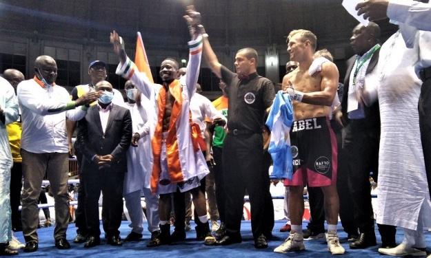 Boxe ''Choc des Titans'' : Youssouf Doumbia Champion intercontinental IBA
