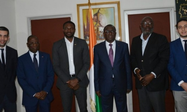 CAN 2021 (Visite d'Inspection) : La délégation de la CAF chez le Ministre Ivoirien des Sports