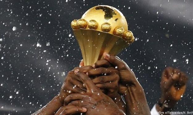 CAN tous les 4 ans : Après Drogba, les footballeurs professionnels Africains se rangent du côté d'Infantino