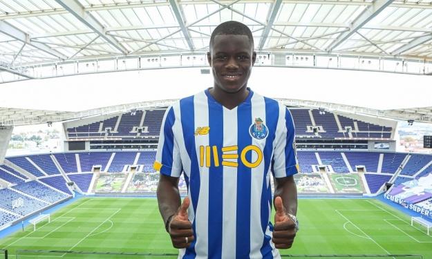 Chelsea envoie Malang Sarr au FC Porto