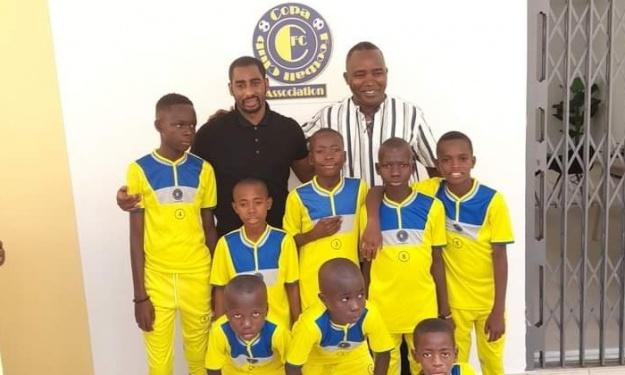 Copa Barry indique la voie pour intégrer son association de foot et lance un appel du pied au coach Le Magnific