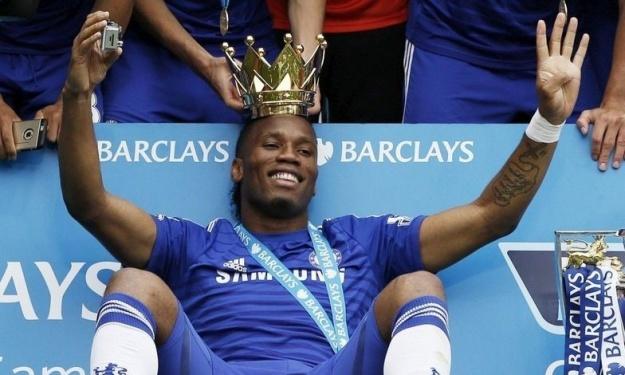 Drogba explose de joie après la qualification de Chelsea en Finale de la Ligue Europa