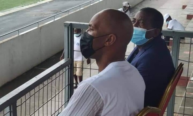 Quand Drogba retrouve son ex au Parc des Sports
