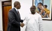 Le Premier Ministre Hamed Bakayoko fait un don à un club de Ligue 1