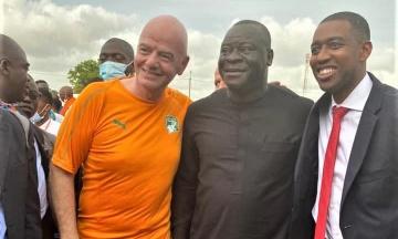 Infantino et Ouattara : Après l'hommage, les retrouvailles chargées  d'émotion
