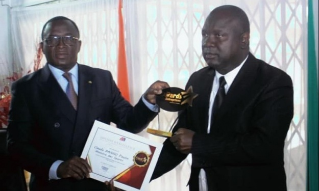 Infrastructures : Le Ministre des Sports reçoit un prix spécial