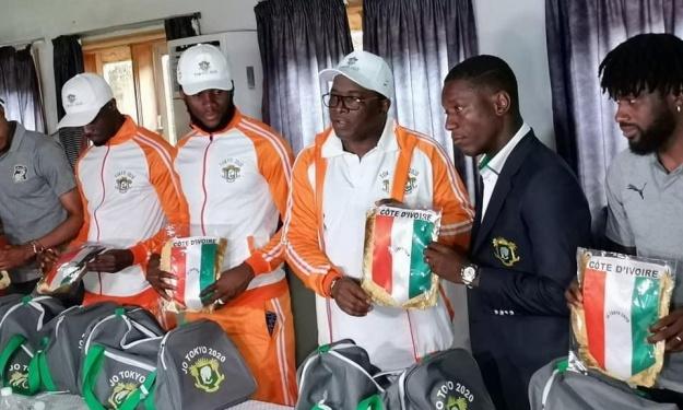 JO : Danho Paulin répond aux critiques visant les tenues olympiques des athlètes Ivoiriens
