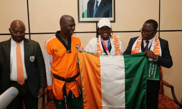 JO : Seule athlète Ivoirienne médaillée, Gbagbi Ruth est de retour à Abidjan