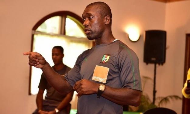 La FIFA condamne le Cameroun à indemniser Clarence Seedorf