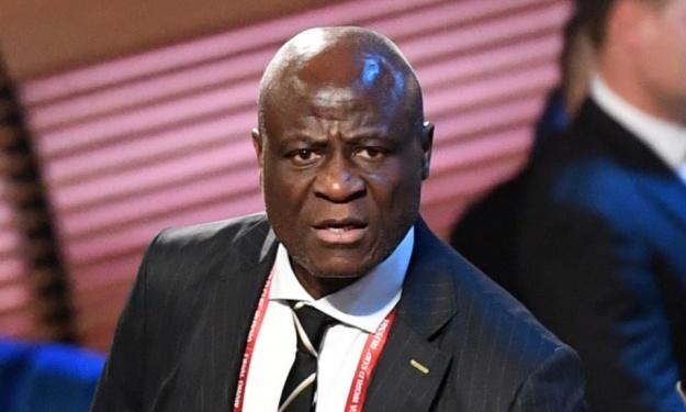 La FIFA suspend Constant Omari de toute activité liée au football
