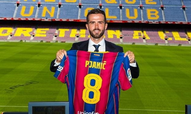 Le FC Barcelone présente Miralem Pjanic