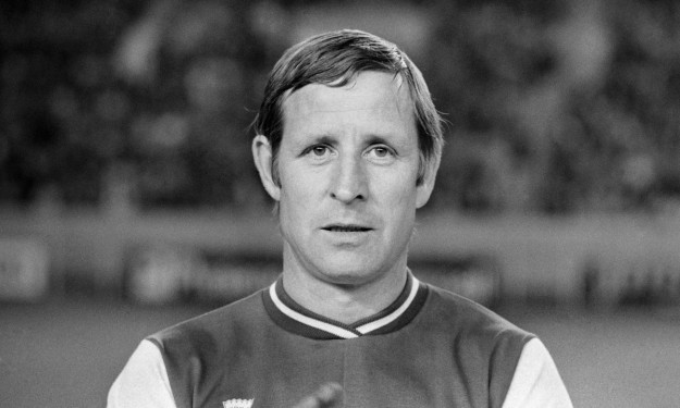 Le football dit adieu à la légende Raymond Kopa
