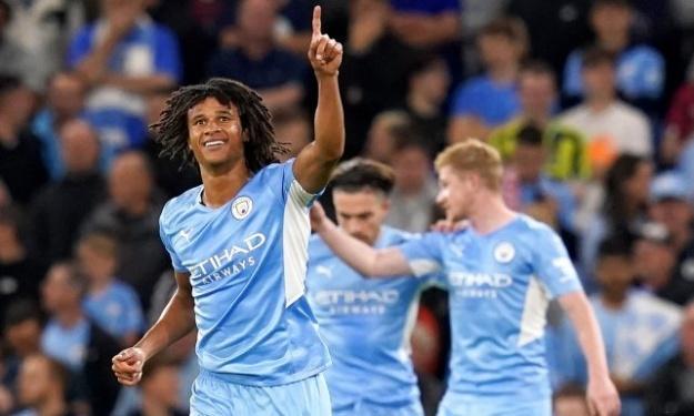 Manchester City : Nathan Aké perd son père juste après son 1er but en Ligue des Champions