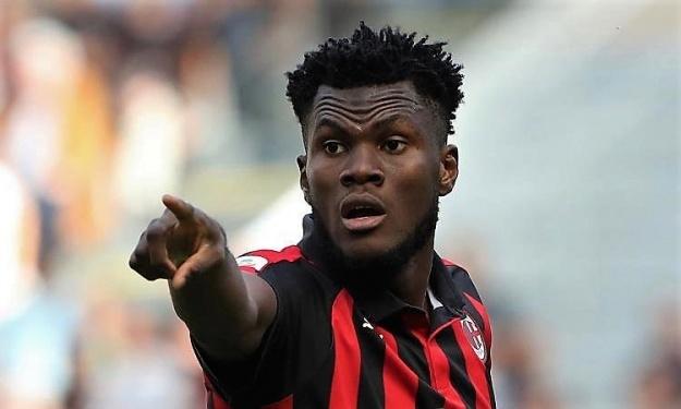 Milan AC : Un ancien du club aimerait voir Kessié à Naples