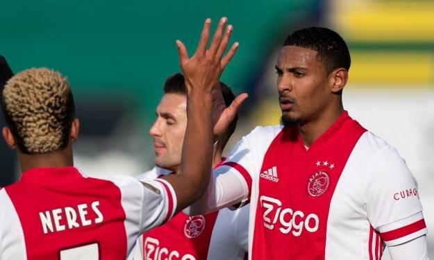 Pays-Bas : Haller marque à nouveau et offre la victoire à l'Ajax