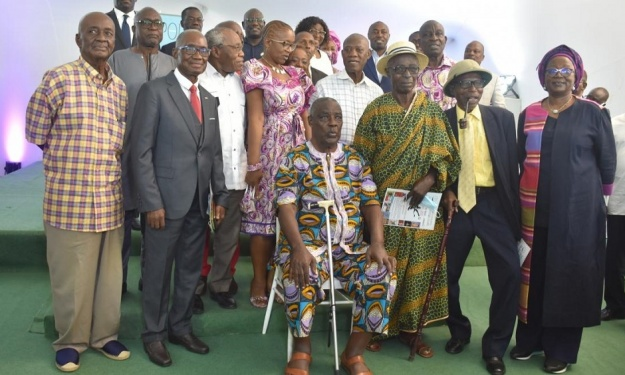Plusieurs acteurs distingués au lancement de l'encyclopédie du football Ivoirien