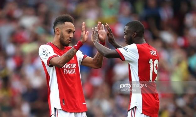 Premier League : Arsenal signe son 1er succès de la saison grâce à un Pépé décisif