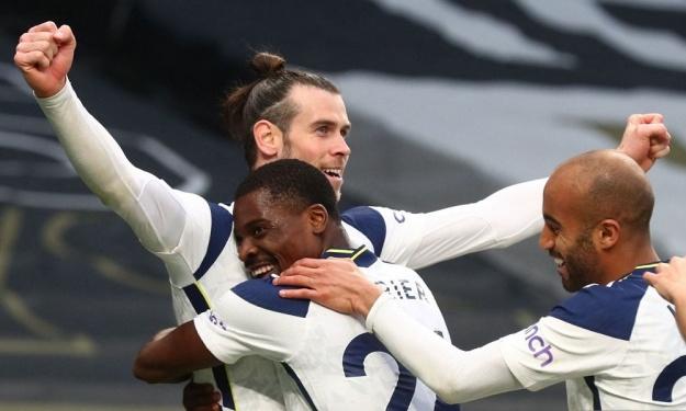 Premier League : Serge Aurier fait briller Bale à 2 reprises