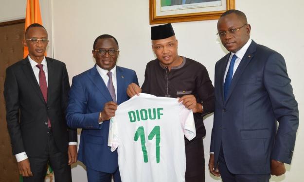 Présidentielle CAF : Une délégation sénégalaise en Côte d'Ivoire pour discuter des perspectives d'une candidature unique