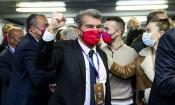FC Barcelone : Joan Laporta élu avec 54,28% des suffrages
