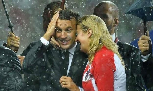 Qui est Kolinda Grabar-Kitarovic, la présidente qui aime tant le foot ?