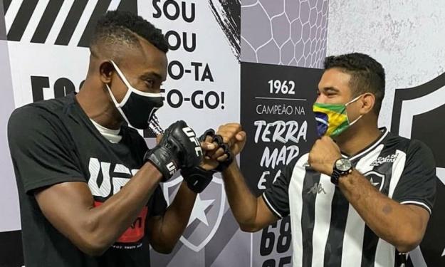 Salomon Kalou prépare-t-il une reconversion dans le MMA ?