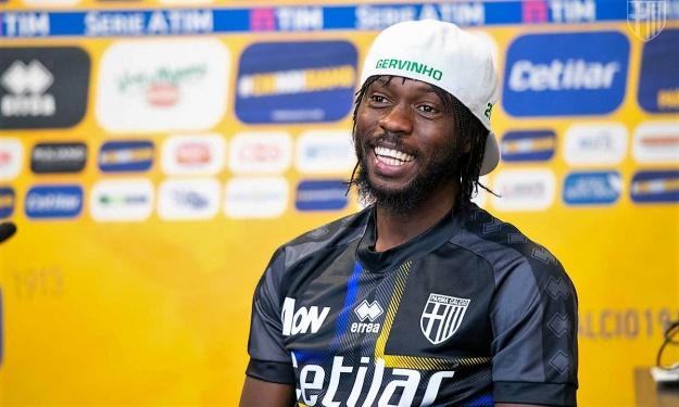 Son intégration réussie à Parme, le racisme en Serie A, la situation de l'ASEC… Gervinho se livre dans Talents d'Afrique