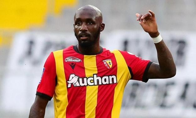 Son passage en Italie, son transfert à Lens, ses blessures du début de saison, les ambitions du club, … Séko Fofana se livre