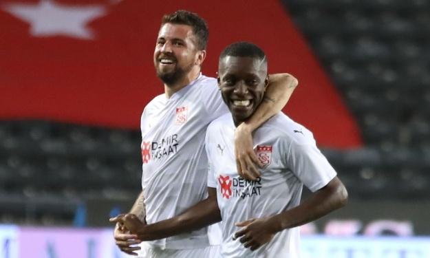 Turquie : Max Gradel atteint la barre des 10 buts et offre la victoire à sa formation