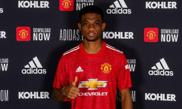 United : Amad Diallo pose enfin sous ses nouvelles couleurs